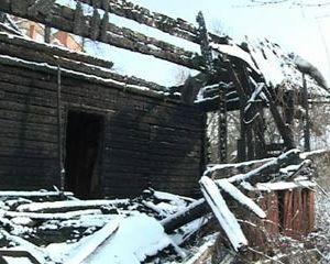 В Смоленске снова горят старые бараки