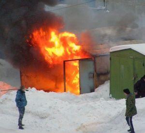 Житель Смоленской области в состоянии алкогольного опьянения поджег гараж соседа