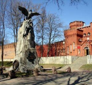 Смоленск — лидер! Теперь главное не терять позиции до декабря 2012 года!