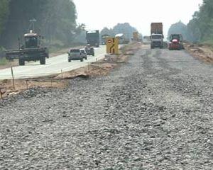 В Починковском районе идет строительство дороги федерального значения