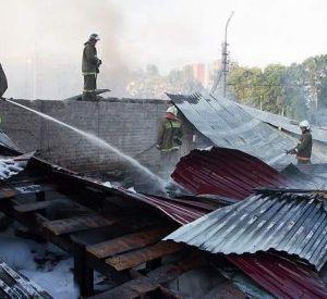 Крупный пожар на Крупской в Смоленске