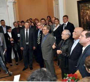 В Смоленске открылась персональная выставка картин Станислава Говорухина