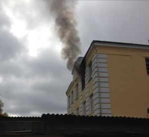 В Смоленске загорелся закрытый объект Министерства обороны