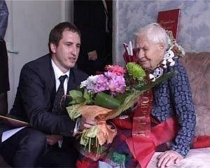 100-летнюю смолянку поздравил президент