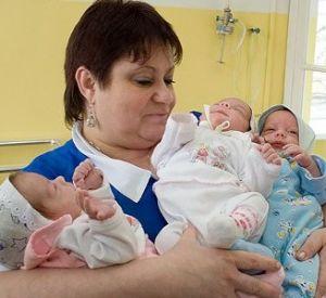 При увеличившейся рождаемости число браков в Смоленске сократилось
