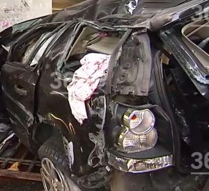 Видео: Смоленский автомобилист на Land Rover вылетел с моста  в Москве