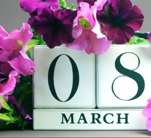 Роструд напомнил гражданам о выходных на 8 марта