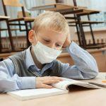 Дети продолжают болеть, а школы по-прежнему на карантине