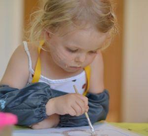 Нерадивая мамаша забыла в детском саду дочку