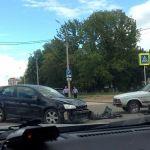 Возле областной больницы в Смоленске сбили мотоциклиста