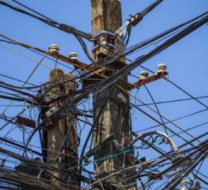 В Смоленской области из-за внезапной подачи тока погиб электромонтер