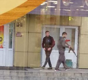 Под Смоленском заметили подозрительных людей с оружием