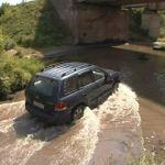 Ремонт виадука в Гнездове вынуждает водителей использовать небезопасный объездной путь
