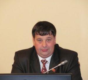 Лишенный прав за пьяную езду депутат возглавил городской автопарк