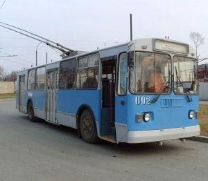 Водитель троллейбуса, сбивший женщину, найден